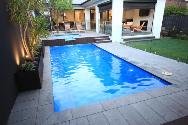Medium Fiberglass Swimming Pools
